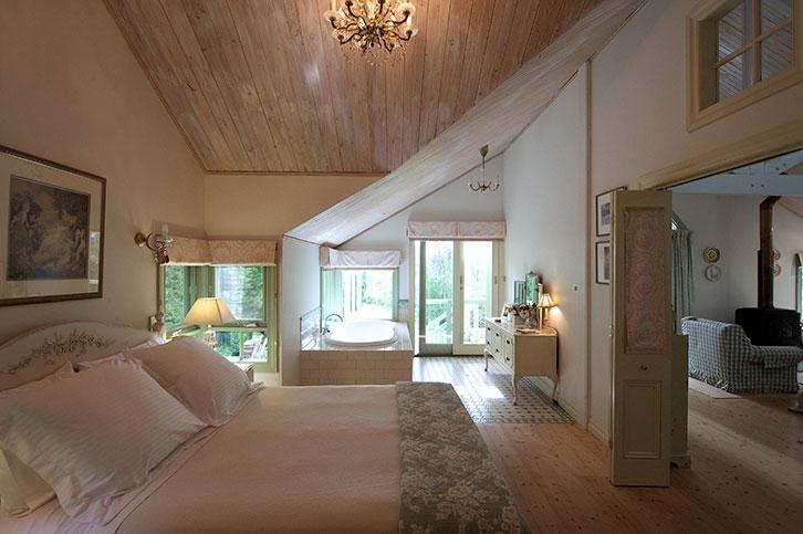 The-Barn-bedroom